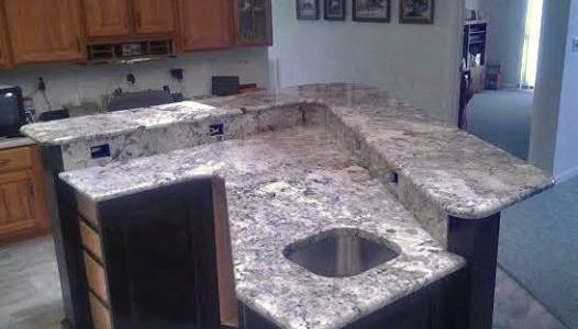 Delicatus White Kitchen